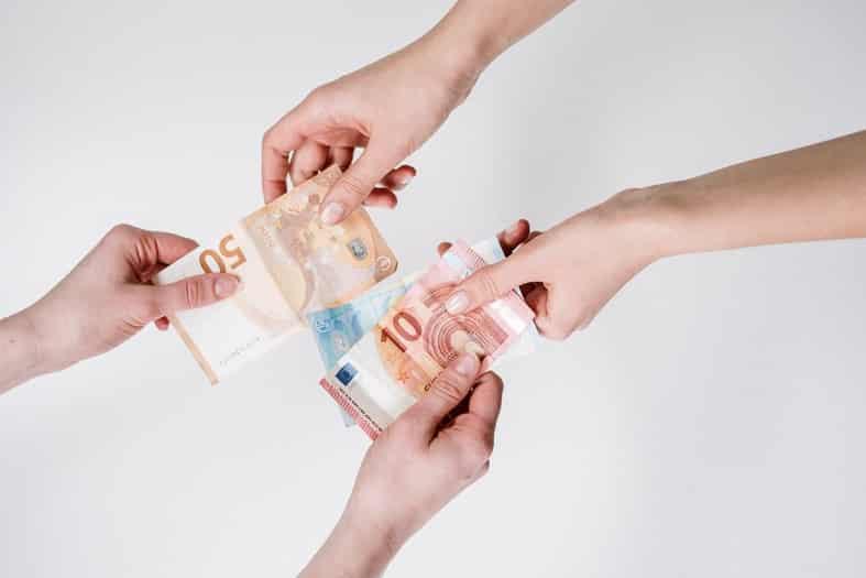 kaip užsidirbti pinigų, kur eiti į darbą prekyba iš tendencijos lygio