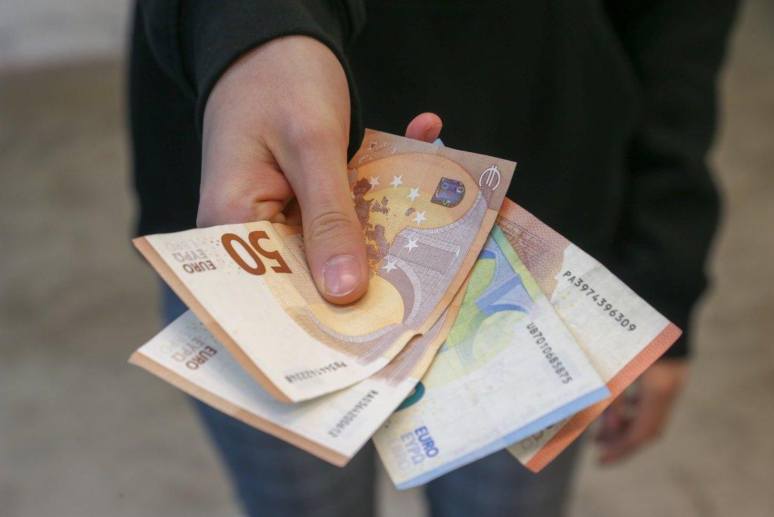 Uždirbti internetu grynaisiais pinigais, Darbas Internetu TOP 5 Idėjos Pradėti! | kaimospindulys.lt