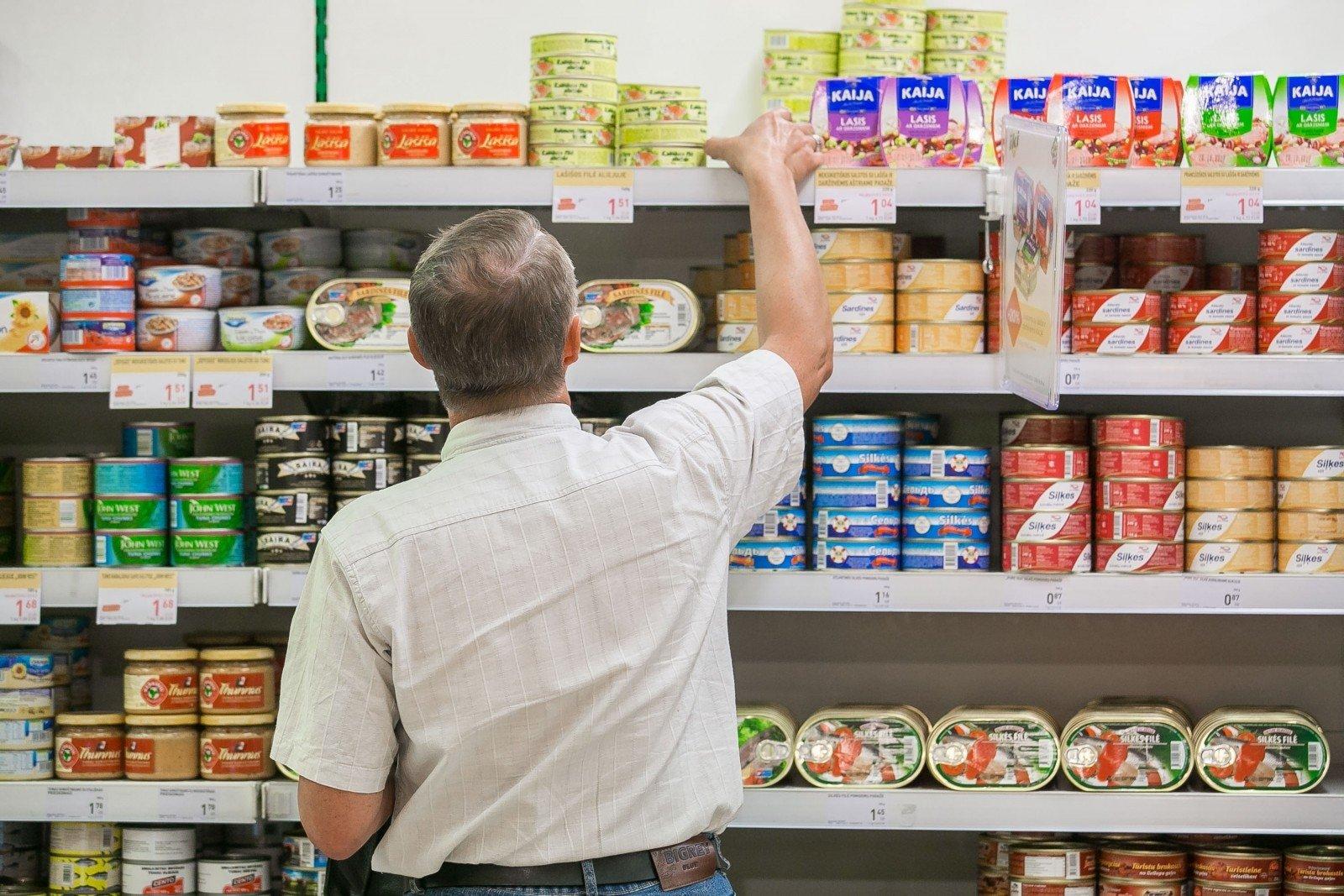 Apsipirkimas per akcijas: kodėl prekybos centrai pigiau parduoda maistą - DELFI