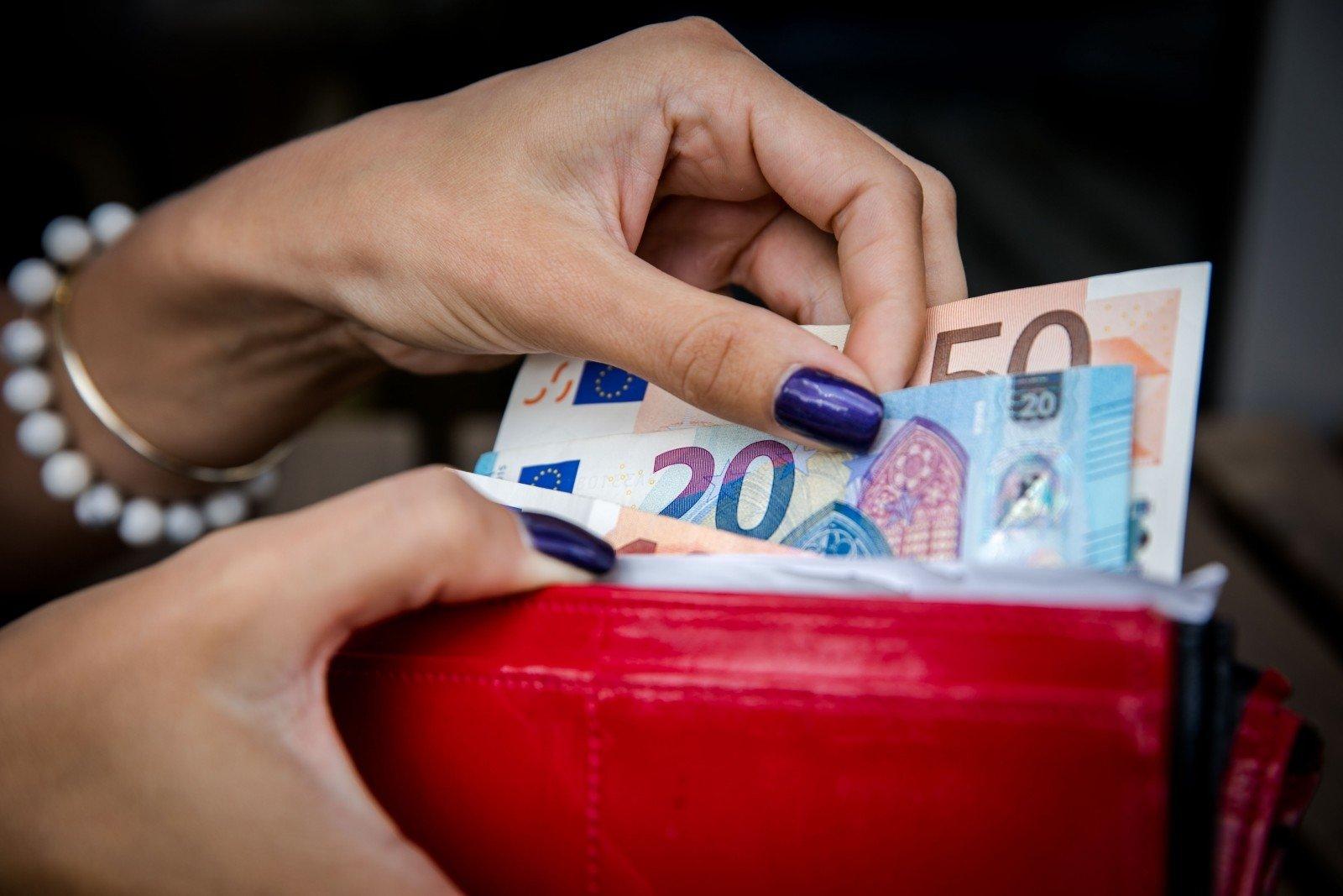 kaip dirbti, kad uždirbtum daug pinigų kaip užsidirbti pinigų bif