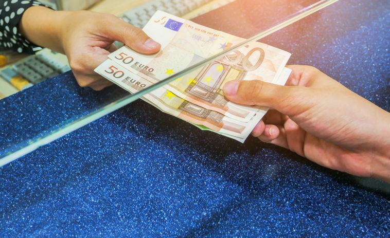 kaip timati uždirbo pinigus jaunystėje