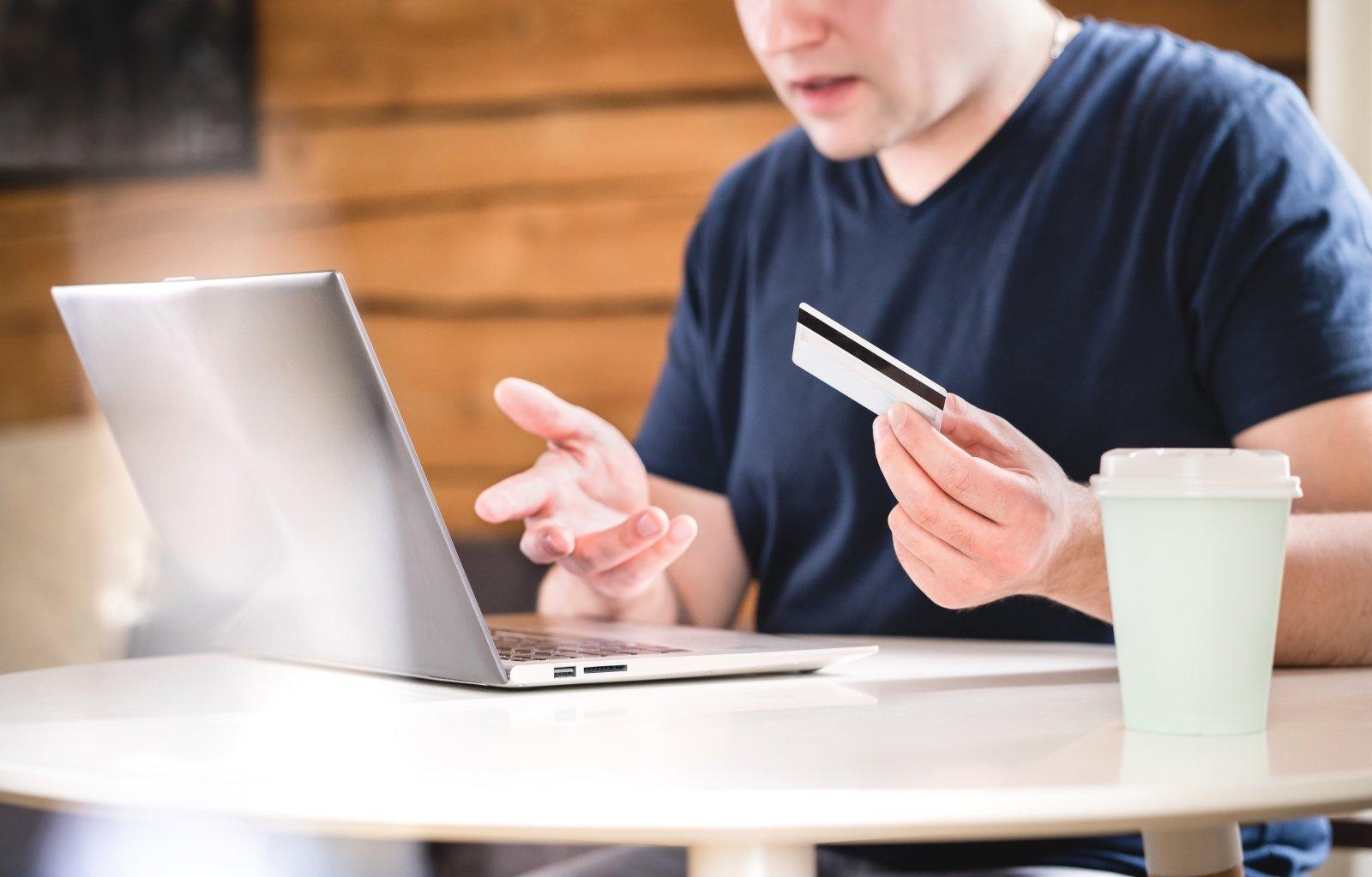 Kaip rasti pinigų internetu be investicijų